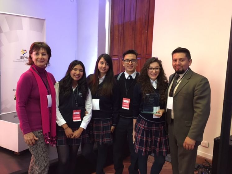 "EPS Business Team, ganador del proyecto ""Explora EPS"""